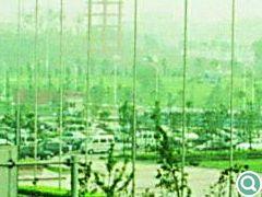 两侧停车场满足了机场停车的试用功能